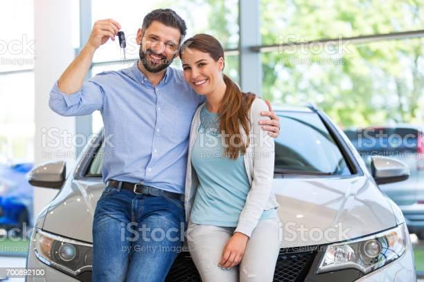 Young couple buying a car picture id700892100?b=1&k=6&m=700892100&s=612x612&h=sux2b0rpri8 bq2ajorkztpiarqnjxvndyzfxvwgp54=