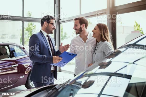 Young couple buying a car picture id988321834?b=1&k=6&m=988321834&s=612x612&h=onsnzu8yhpktrwmwkooe5 jqolcndoon4go0b3d sxq=