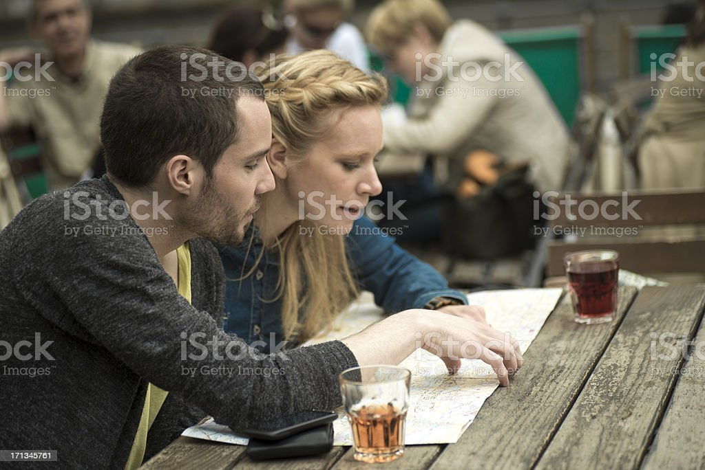 Junges Paar im Café – Foto