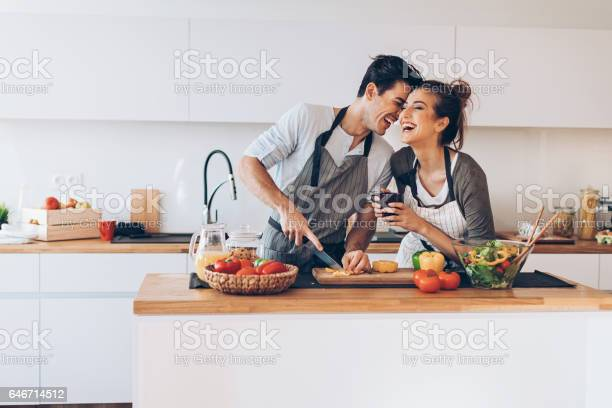 Young couple in love in the kitchen picture id646714512?b=1&k=6&m=646714512&s=612x612&h=wdomztbaukdeck4hu4eg3dlyo2zjcvl0g5pmrv 3qny=
