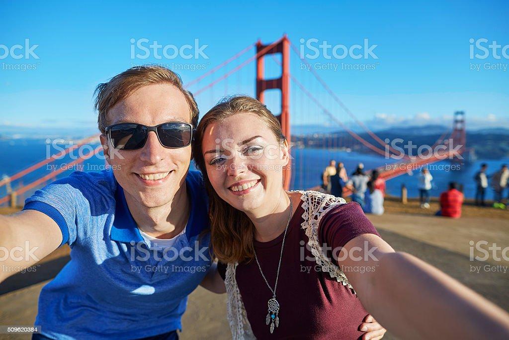 Casal jovem em San Francisco, Califórnia, EUA - foto de acervo