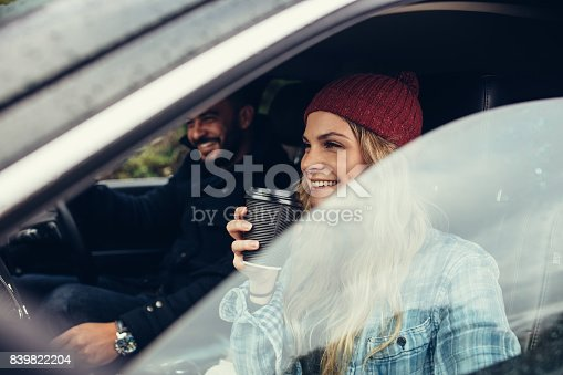 istock Young couple on road trip 839822204