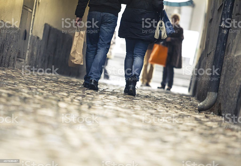 Young couple walking on the street - Royalty-free Active Lifestyle Stock Photo