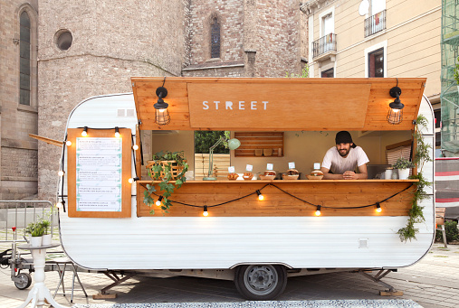 Young entrepreneurs Food truck