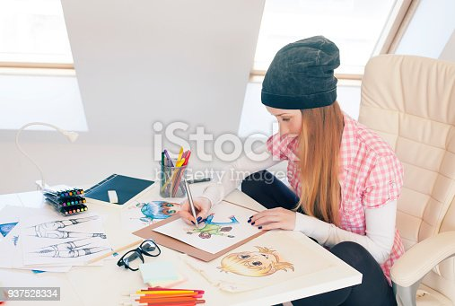istock Young female painter 937528334