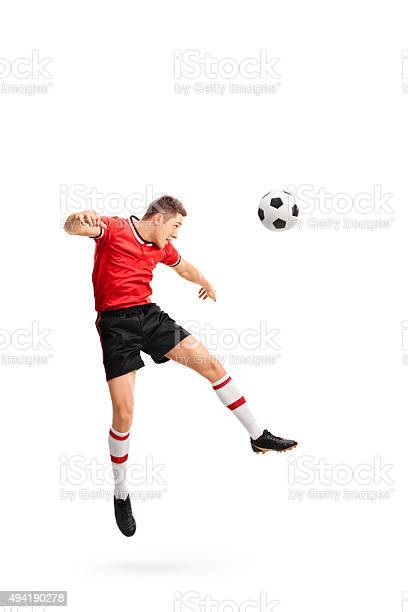 Young football player heading a ball picture id494190278?b=1&k=6&m=494190278&s=612x612&h=4ydal blywf2sncbxuwjtgd0vfa1jwqwd4endtym2fa=