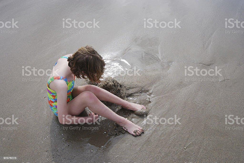 Junges Mädchen am Strand Lizenzfreies stock-foto
