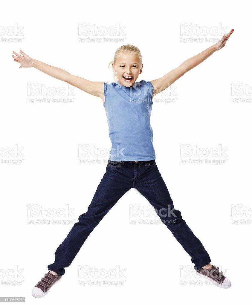 Chica joven saltar con los brazos estirados aislado - foto de stock