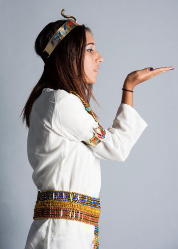 1137329370 istock photo Young girl posing in egyptian clothing 464933429