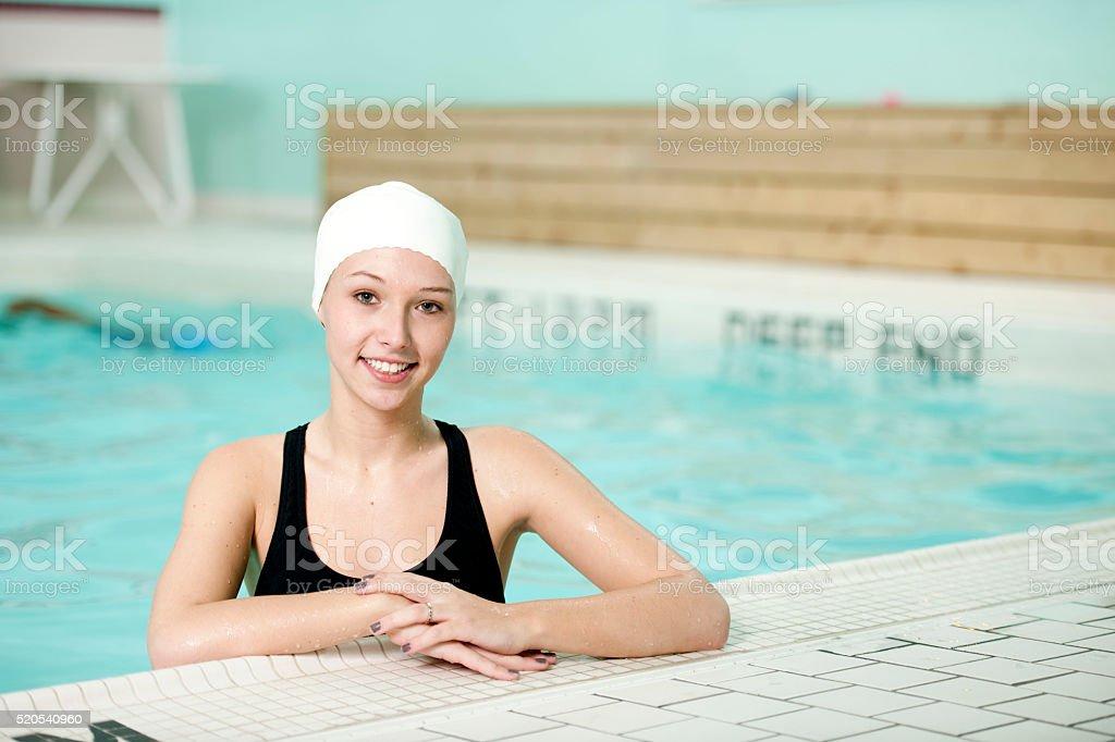 Young Girl Taking Swimming Lessons stok fotoğrafı
