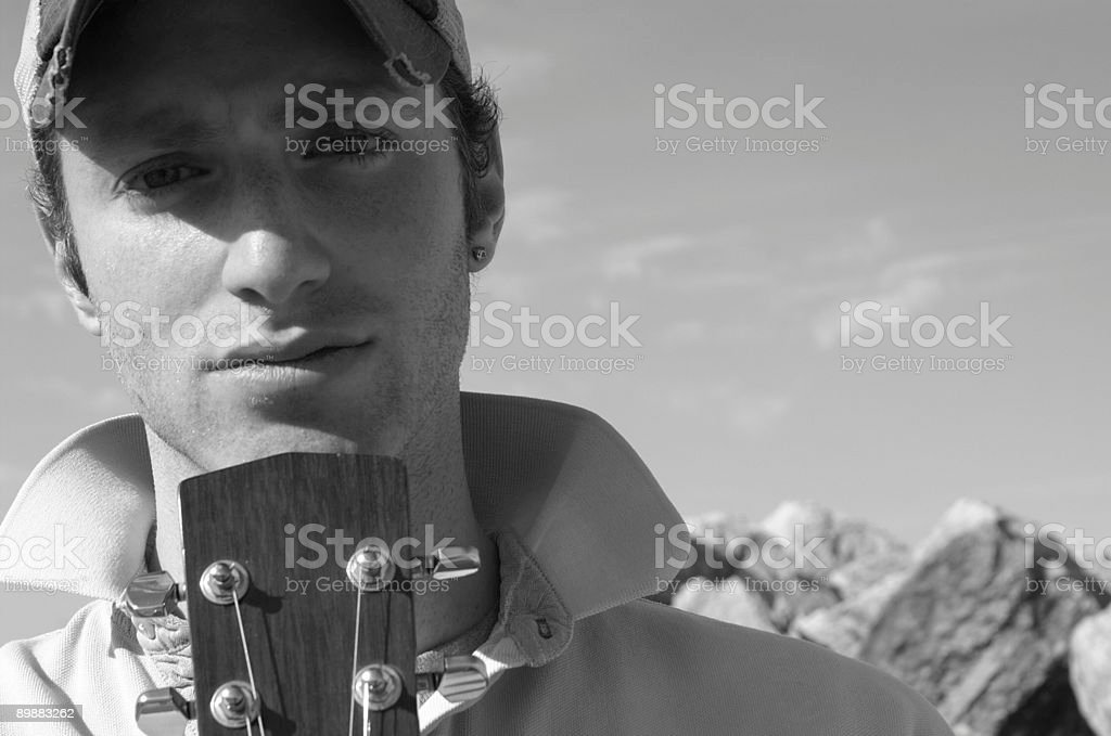 Joven guitar player foto de stock libre de derechos