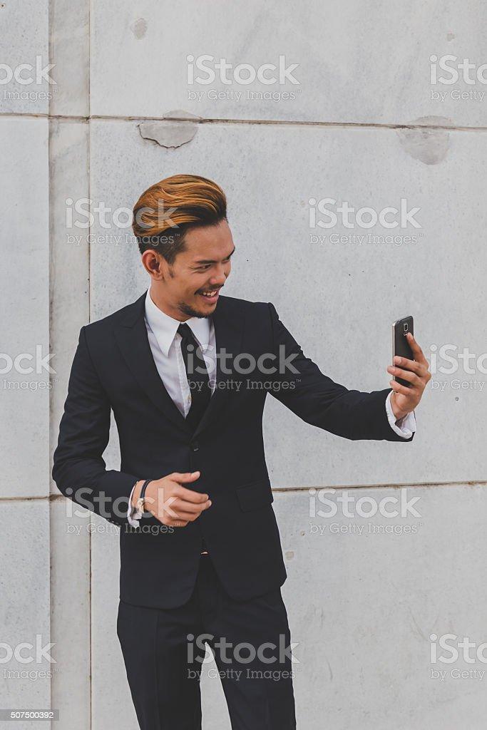 Junge schöne asiatische Modell ein selfie – Foto