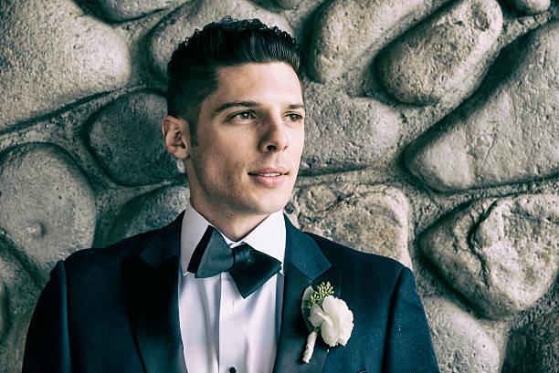 young handson groom - angst vor der geburt stock-fotos und bilder