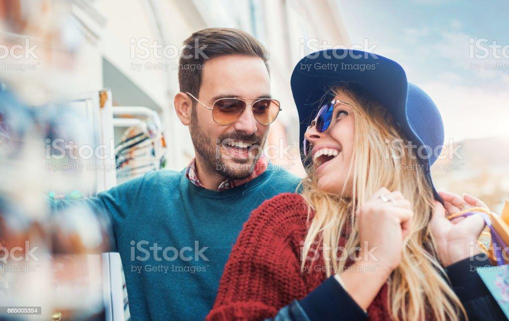hoe jong is te jong voor dating daterend als een Christelijk advies