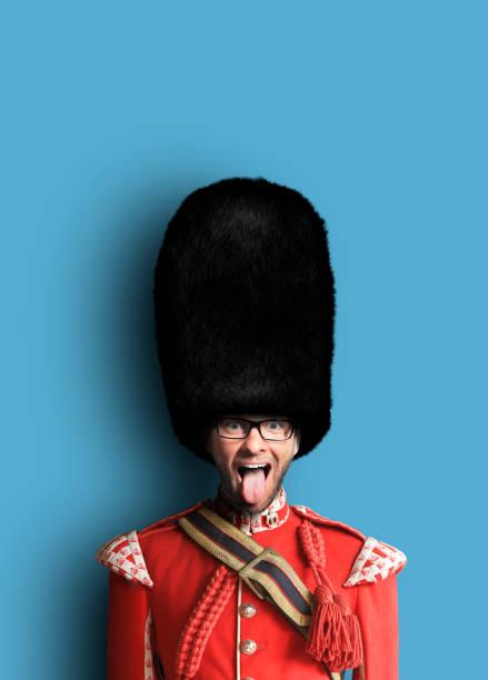 Junger Mann im Kostüm der Royal guards – Foto