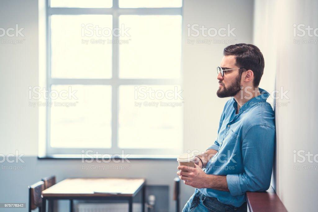 Junger Mann  - Lizenzfrei Café Stock-Foto