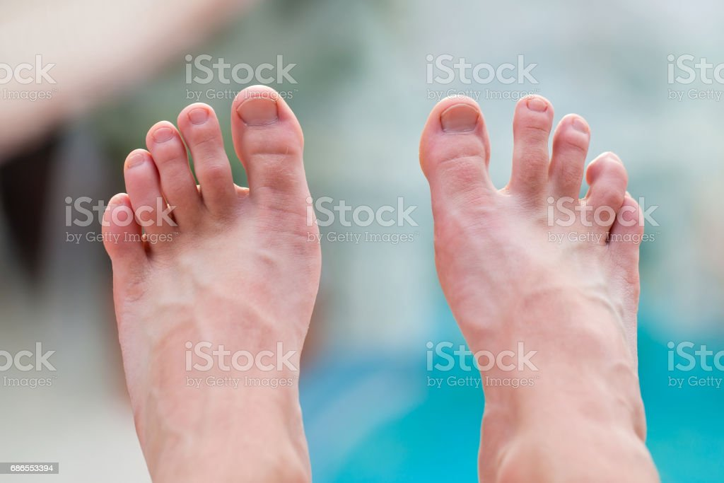 Jonge man voeten royalty free stockfoto