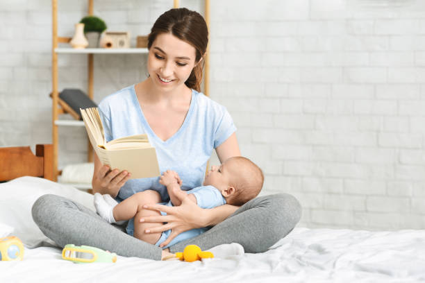 Young mom reading book to her infant baby picture id1178963017?b=1&k=6&m=1178963017&s=612x612&w=0&h=ui0tjezms wwkjpxymo6z3tae2fv6 trcugrepznum8=