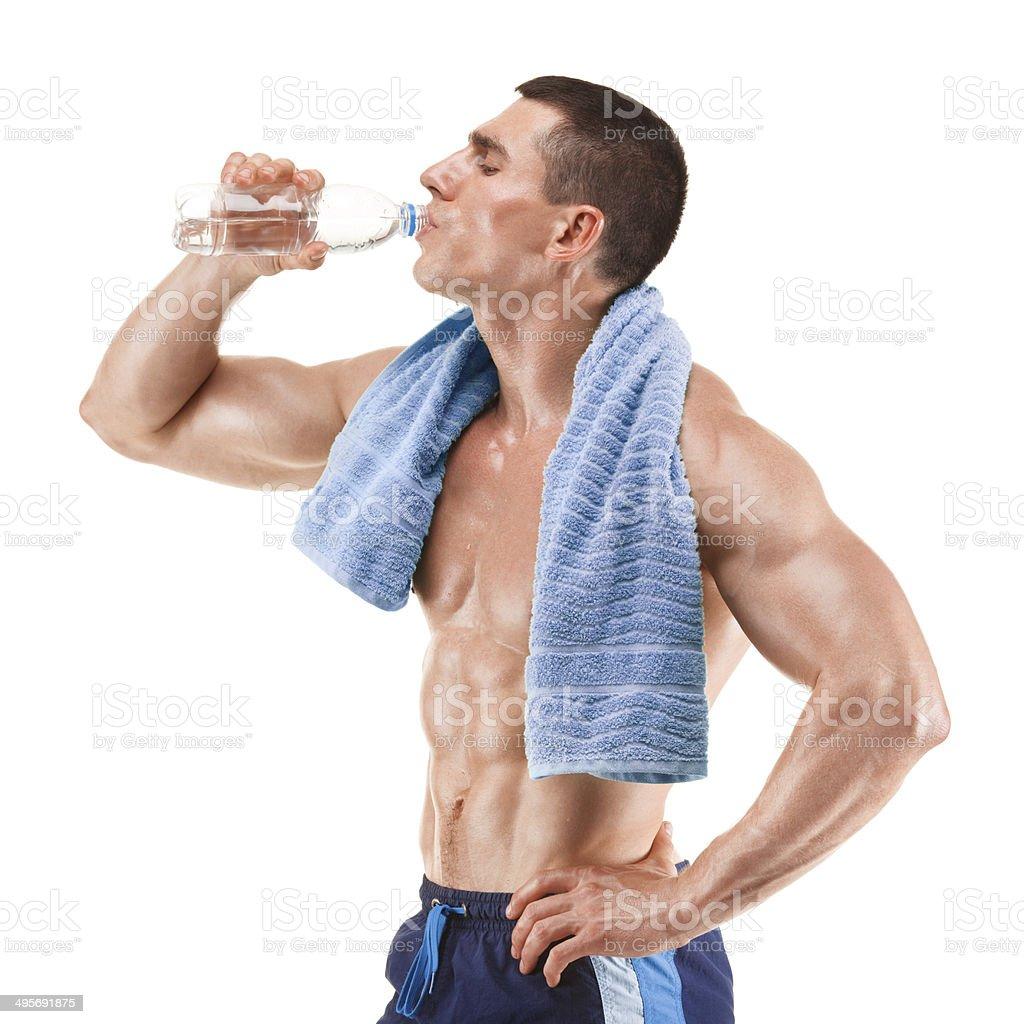 muscular joven hombre agua potable, Aislado en blanco - Foto de stock de Agarrar libre de derechos