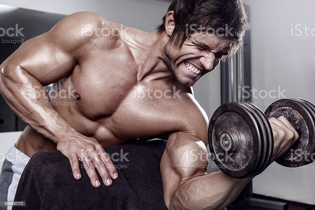 Тренировка сексуальных мышц для мужчин