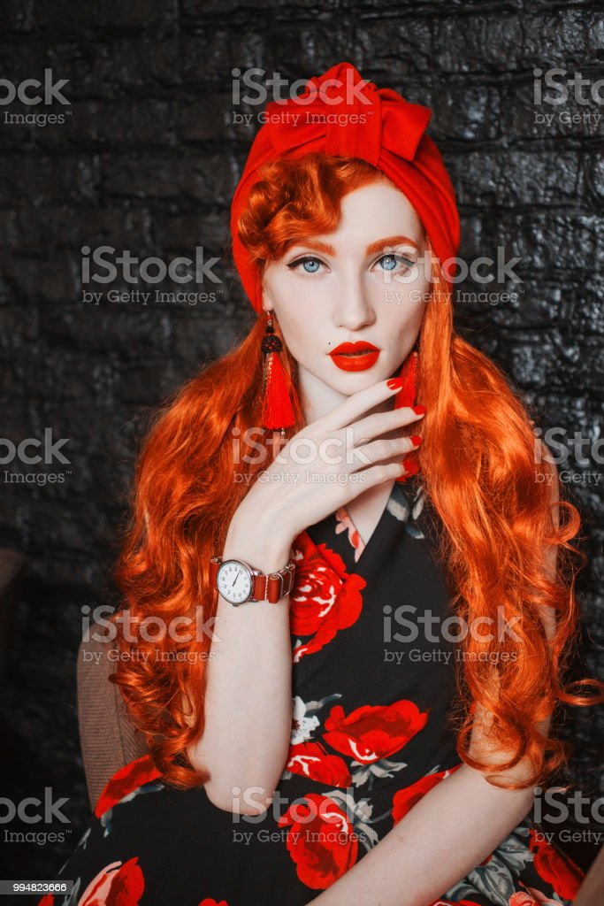 Sexy red head costume