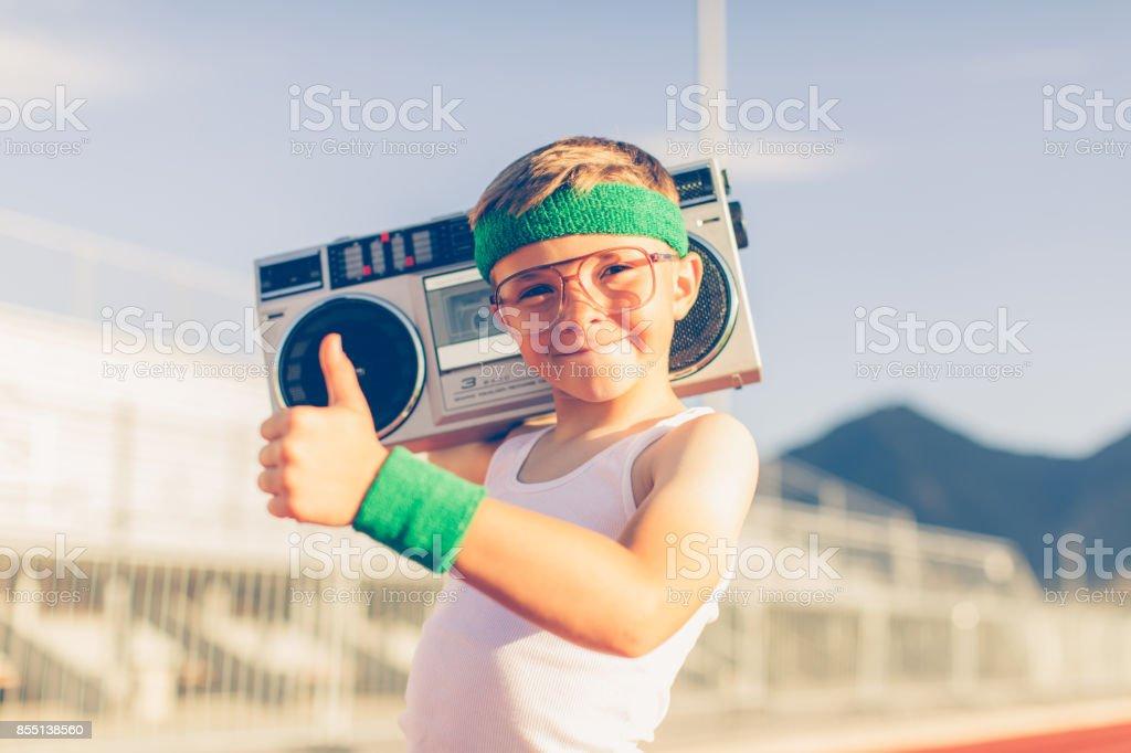 Fitness Retro jeune garçon, écouter de la musique - Photo