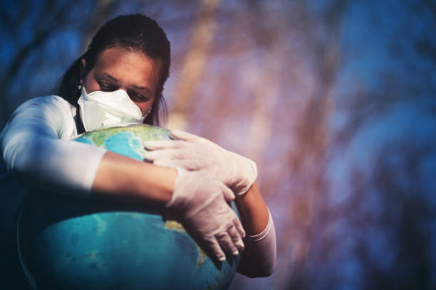 Junge traurige Frau Porträt besorgt über unsere Welt während COVID-Krise – Foto