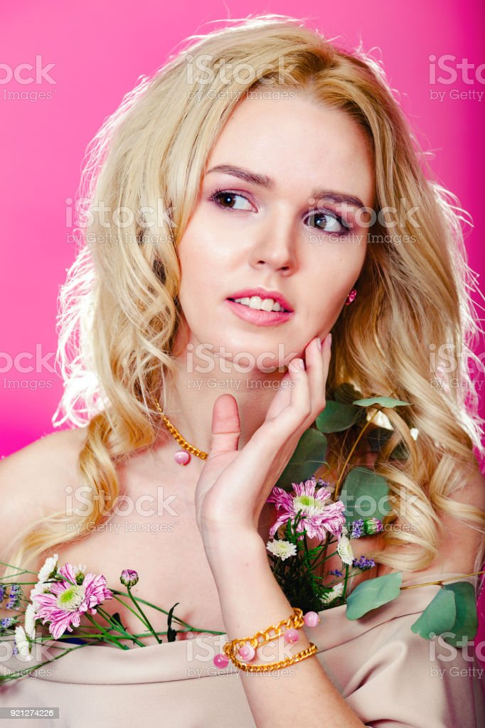 Daisy lowe nude
