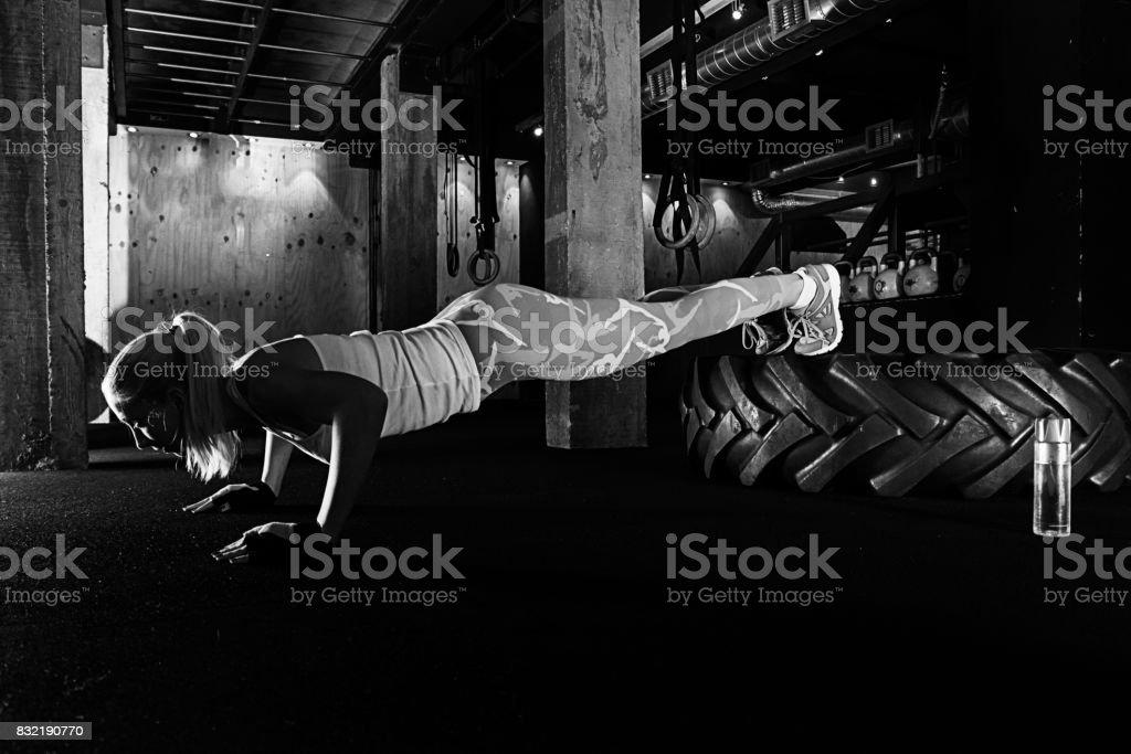 bilder von sexy training frauen
