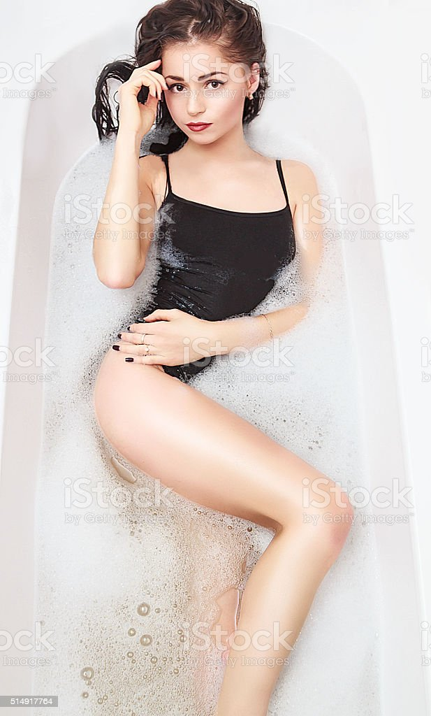 young-girl-bath-sexy-picture-girls-getting-their-big-ass-fucked