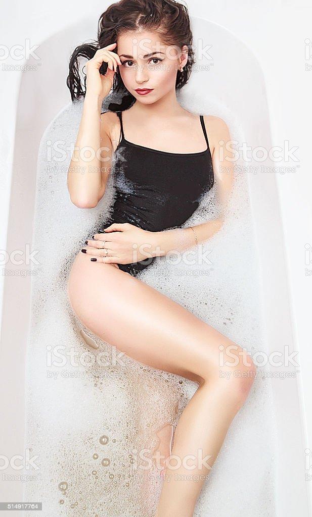 Молодая сексуалная девка