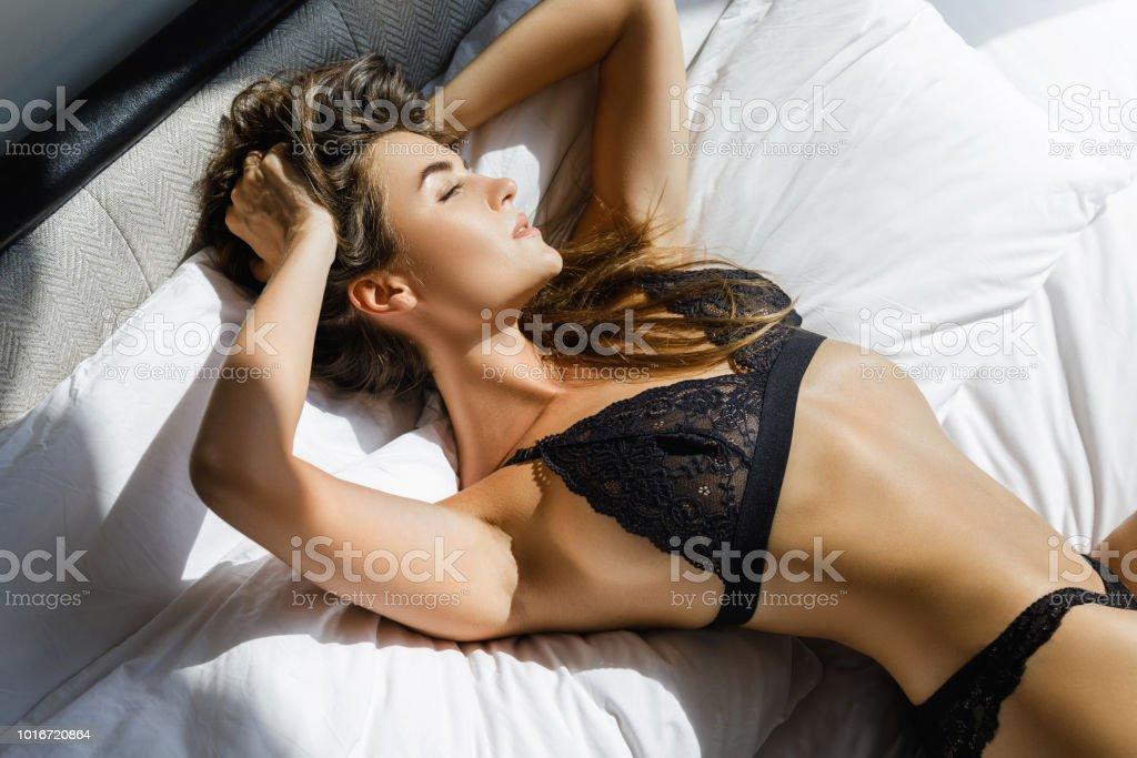 Junge schwarze sexy Frauen