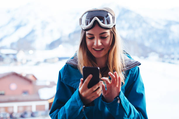 Young snowboarder woman picture id883369602?b=1&k=6&m=883369602&s=612x612&w=0&h=78nr5f87oumkd7htjy h3jaxng acv74oz0dh6bvzmq=