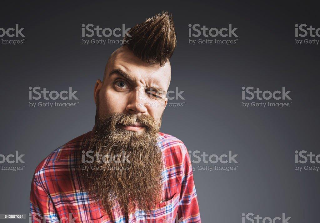 Portrait de jeune homme punk tendance photo libre de droits