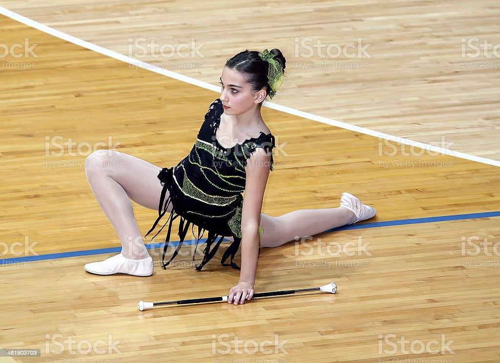 Joven Chica twirler - foto de stock