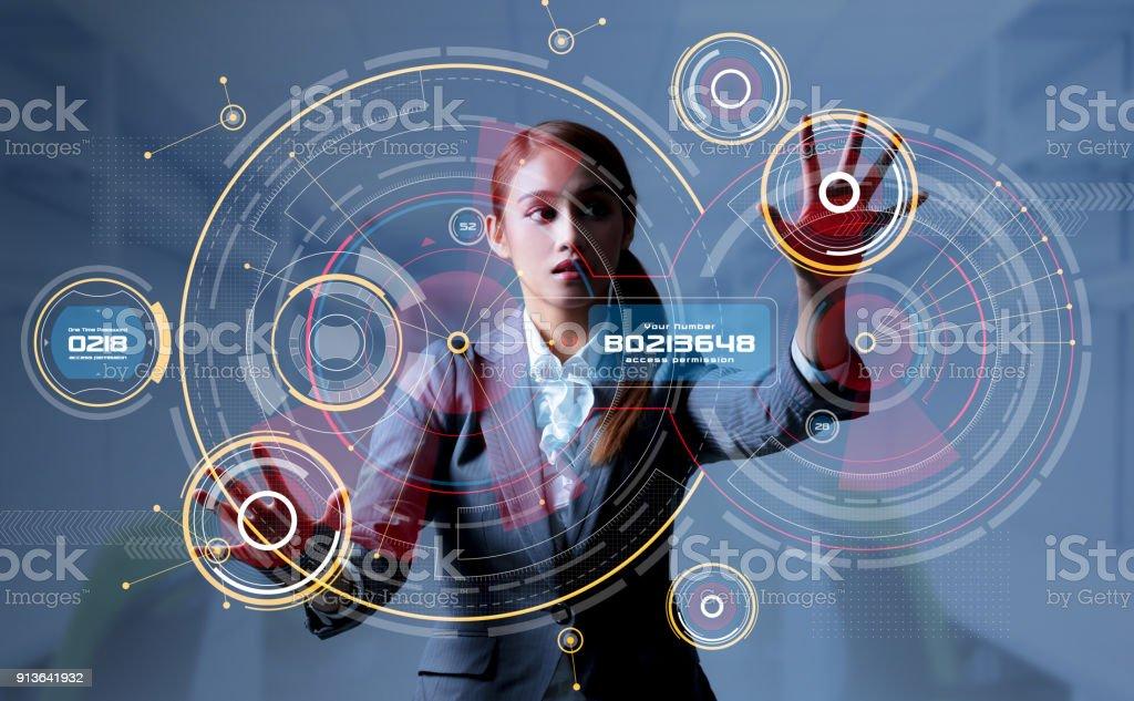 Jeune femme et remontez le Visualisez. HUD. INTERFACE GRAPHIQUE. Internet de Things(IoT). - Photo
