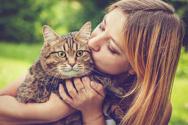 Young woman and her cat picture id638918960?b=1&k=6&m=638918960&s=612x612&w=0&h=cv8b27m9zbigln73qxzivgpymjjwz lrmjc78z8v j4=