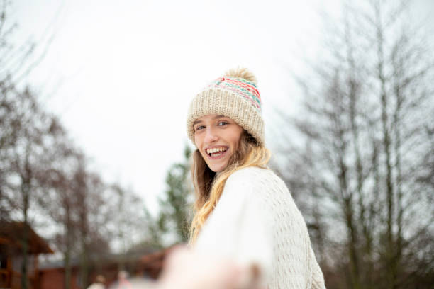 Young woman enjoying the snow picture id976633582?b=1&k=6&m=976633582&s=612x612&w=0&h=5sjcovvuydzjfe5rylntv6ux1ueuyq5kqke97hemd i=