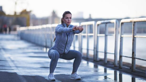 Junge Frau Outdoor-Sportarten – Foto