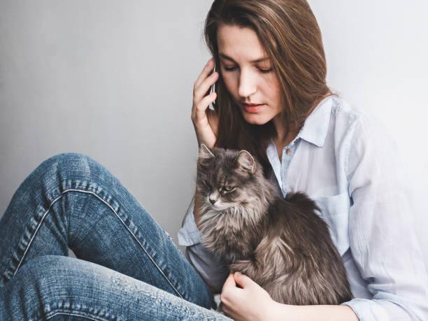 Young woman gently holding a kitten picture id940929614?b=1&k=6&m=940929614&s=612x612&w=0&h=9xpi2ytppbumg7nf8i8wz39xrxuypmqndrmssostqpc=