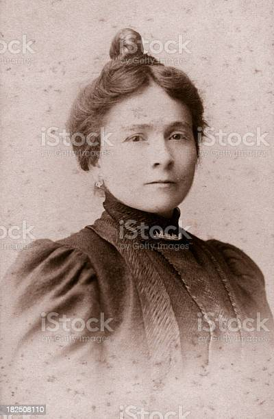 Young Woman In 1915 Stock Photo - Download Image Now - iStock