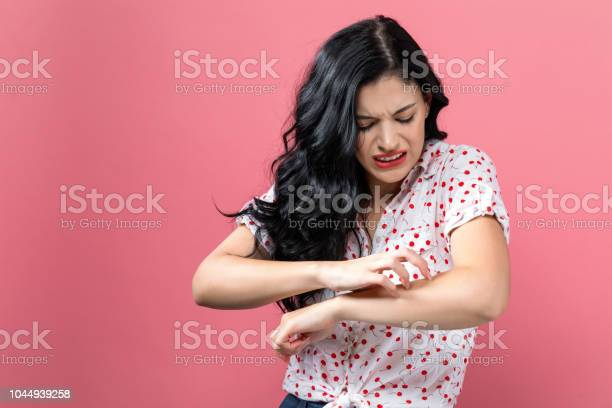 Young woman scratching her itchy arm picture id1044939258?b=1&k=6&m=1044939258&s=612x612&h=ytjjr37mgjcb4mlo3plhgl3mouydtnyhdzigrinqbfm=