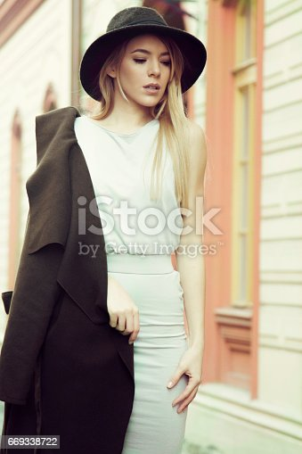 529664088istockphoto young woman street 669338722