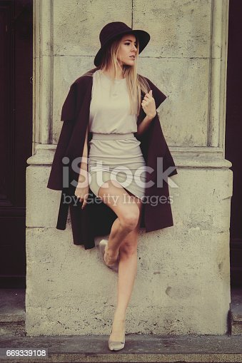529664088istockphoto young woman street 669339108