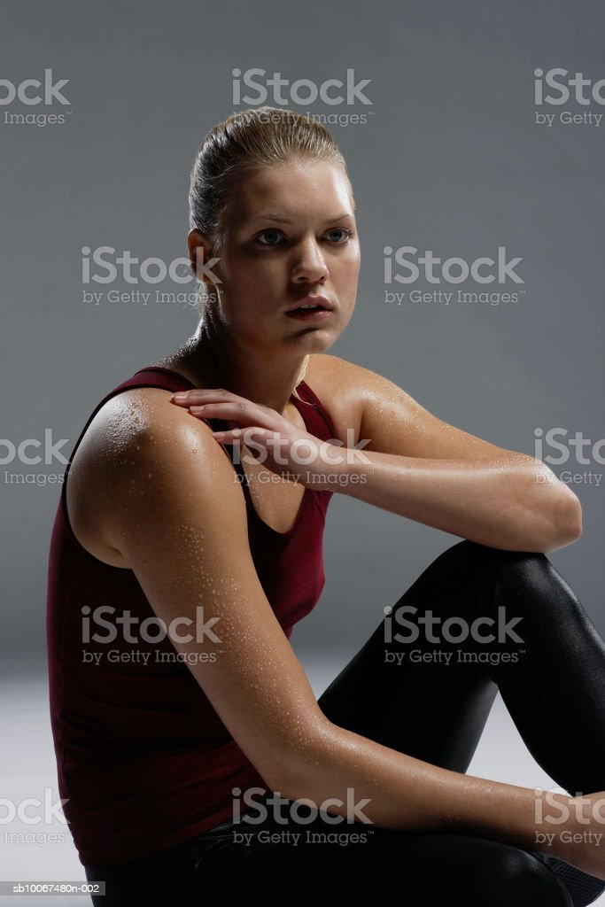 Young woman sweating, close-up royalty free stockfoto