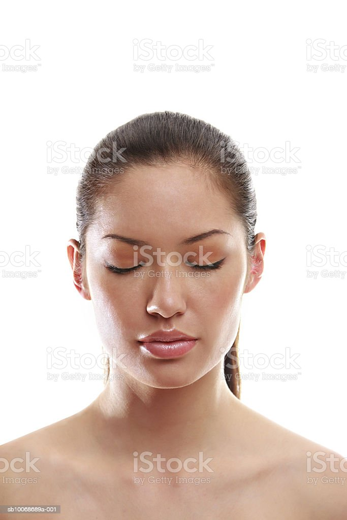 Young woman with eyes closed, close-up royalty-free 스톡 사진