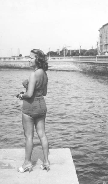 Young woman with swimwear in 1934. Black and white photography - foto stock