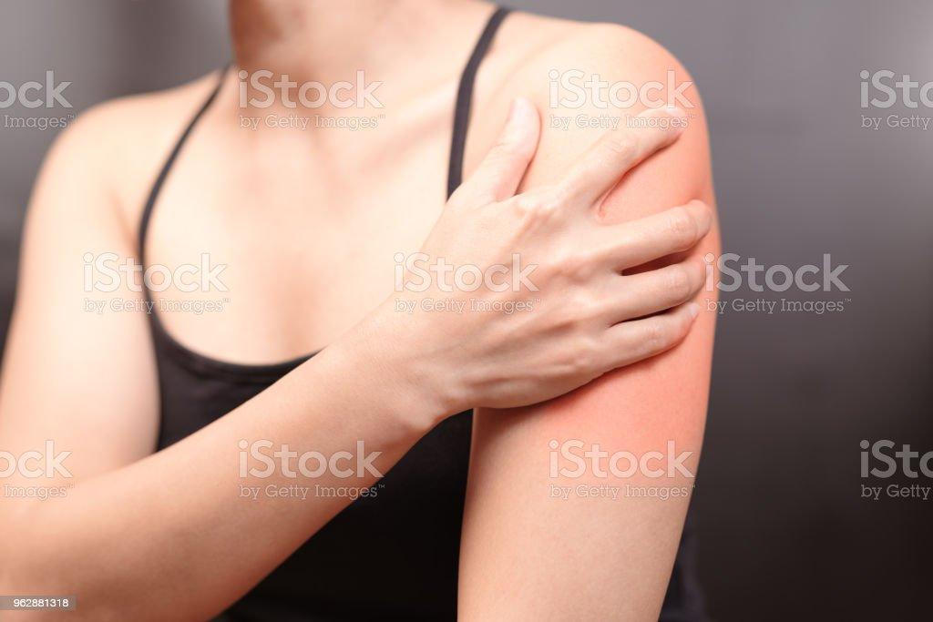 dor no braço e ombro