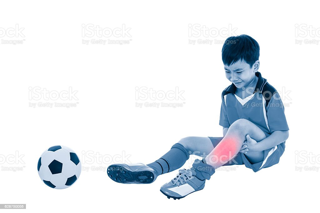 Youth asian soccer player with pain at shin. Full body. - foto de acervo
