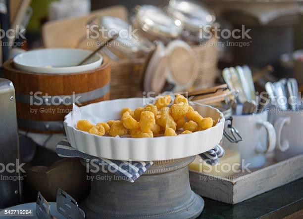 Youtiao chinese fried dough picture id542719264?b=1&k=6&m=542719264&s=612x612&h=gvavdhyevb6xmtc1i qb xjhmpfidyzfzmzf1ijjtqg=